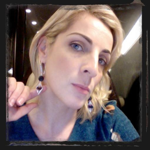 elena-di-cioccio-orecchini-sorelle-italia-donne-abruzzo
