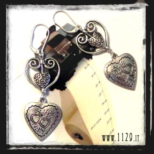 MA3ANN-orecchini-cuori-anniversario-3-years-anniversary-hearts-earrings