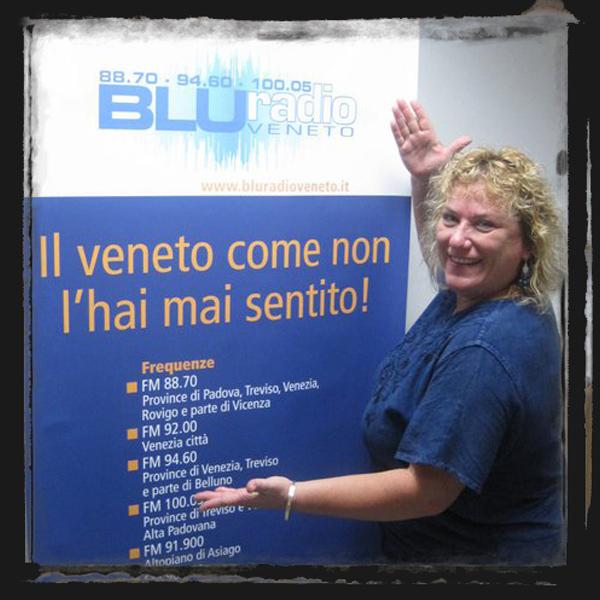 susy del gesso blu radio orecchini