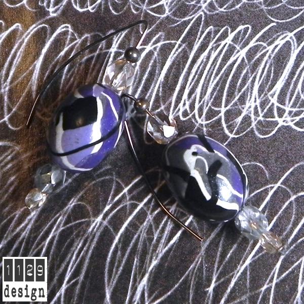 NAFIVI-orecchini-corti-viola-grigio-nero-bianco-pasta-polimerica---purple-grey-handmade-earrings
